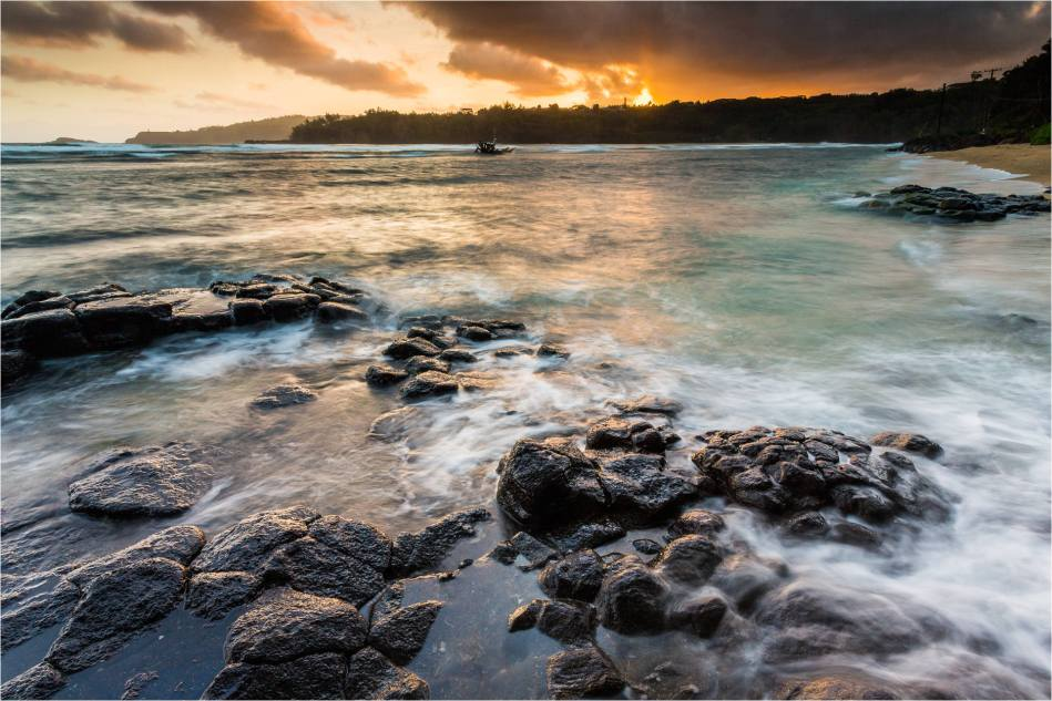 North shore morning - © Christopher Martin-3471