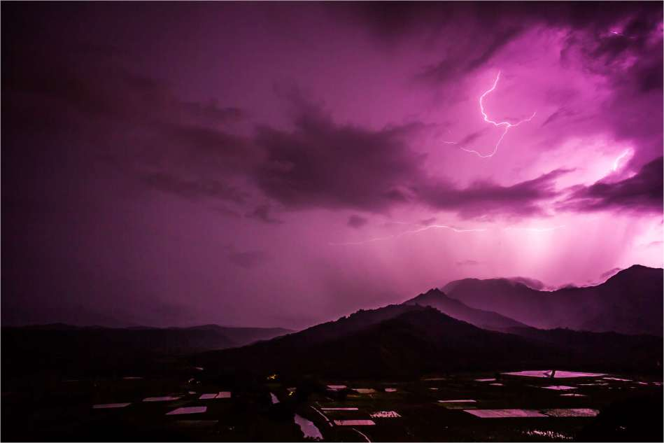 Lightning over Hanalei - © Christopher Martin-0002