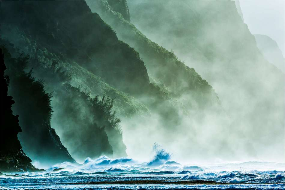 Mists along the Na Pali - © Christopher Martin-2-2