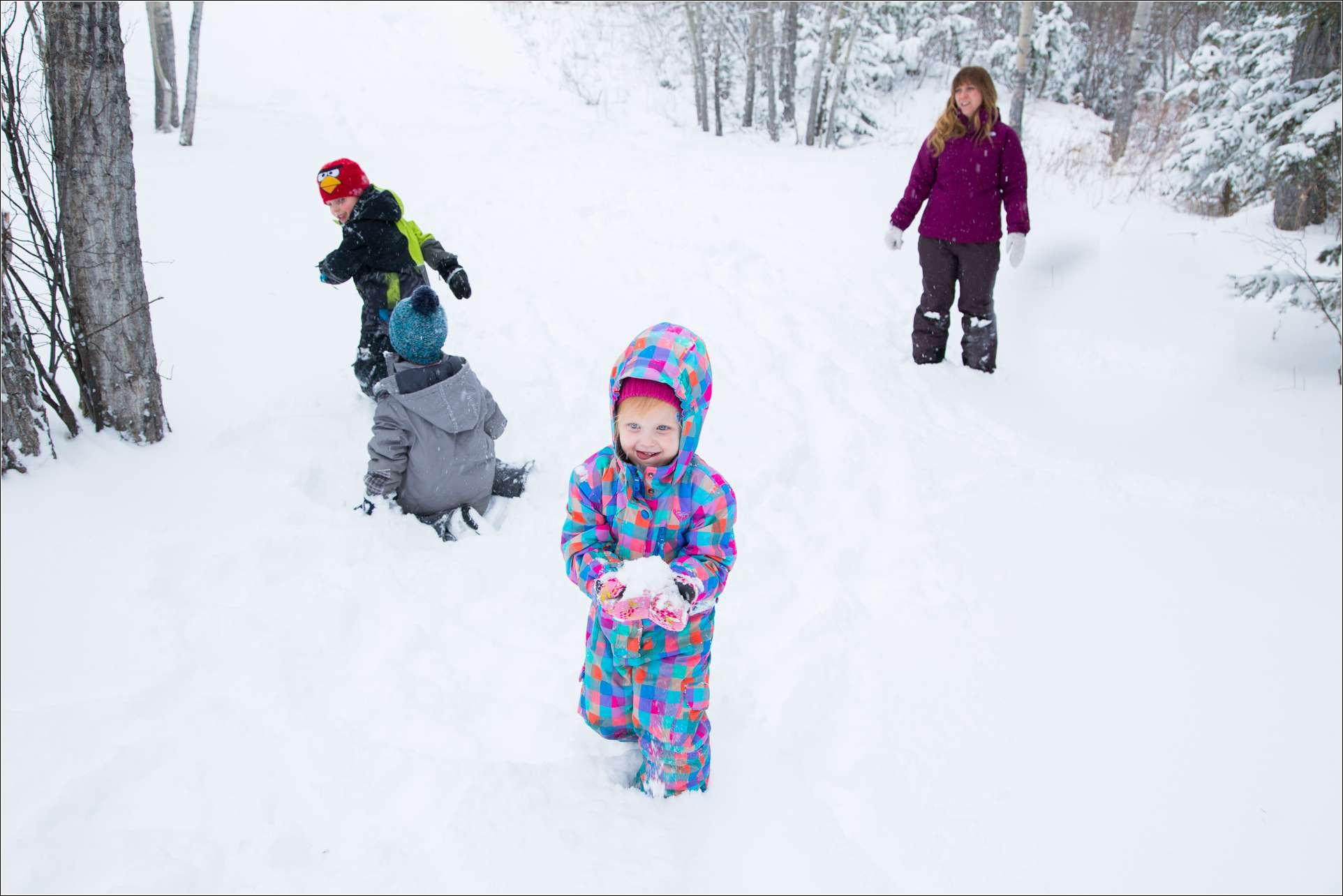 A classic game all kids love to play during winter. Snow ball fight will surely be a fun activity for all.