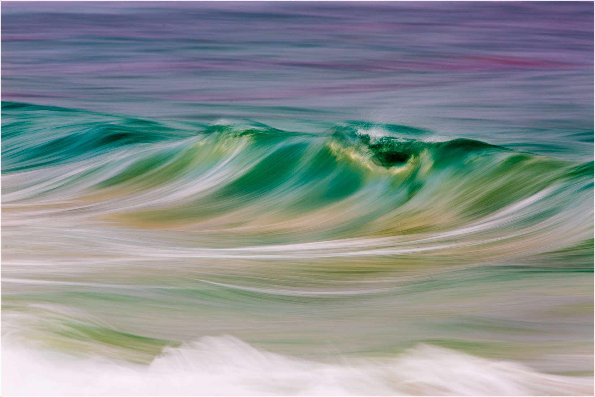 Wave flow - 2013 © Christopher Martin