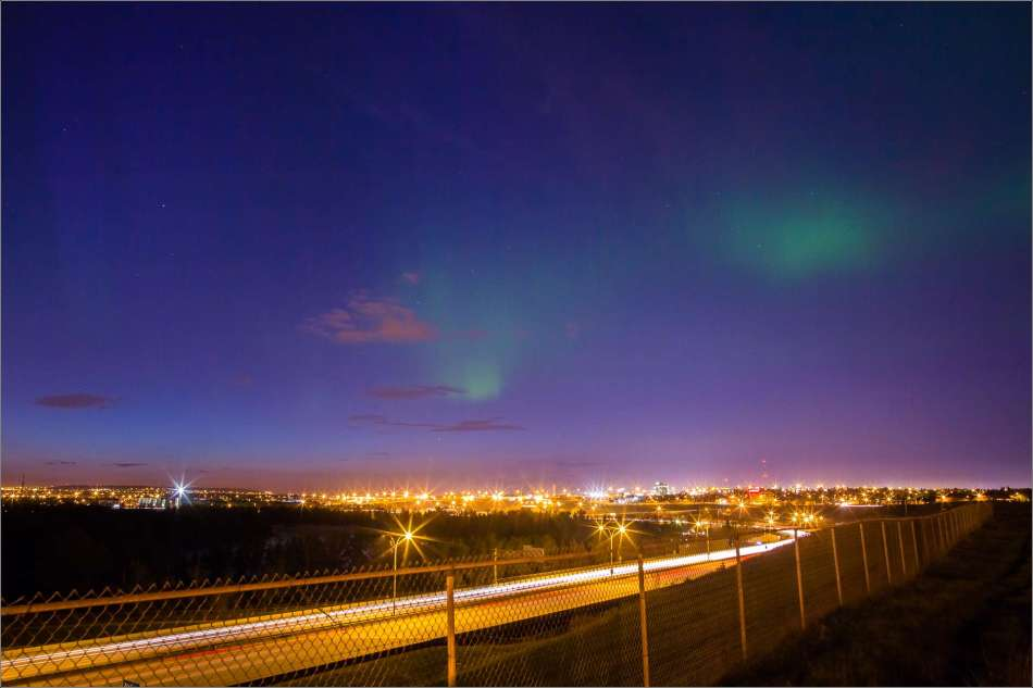 Northern Lights in the city - 2013 © Christopher Martin