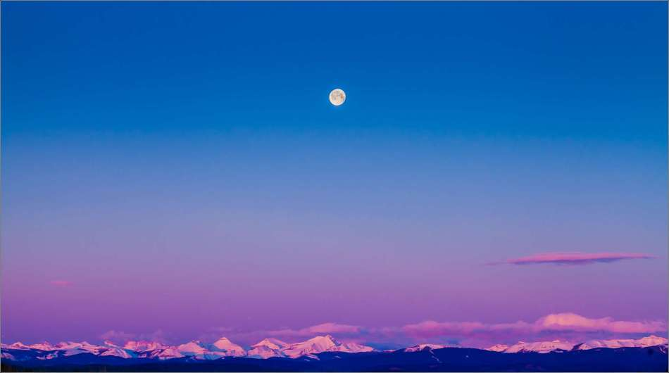 Moonset over the Rocky Mountains - 2013 © Christopher Martin
