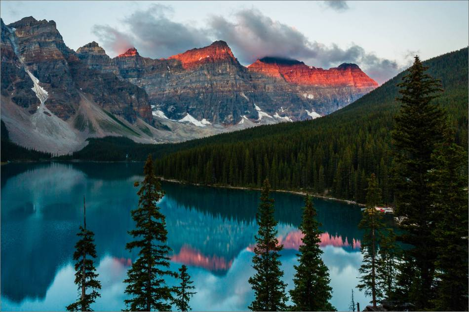 Red dawn above Moraine Lake - 2013 © Christopher Martin