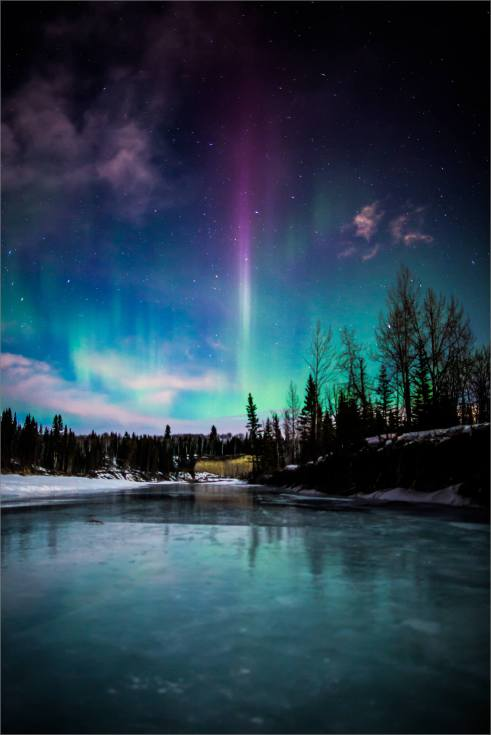 Aurora over the Elbow - 2014 © Christopher Martin