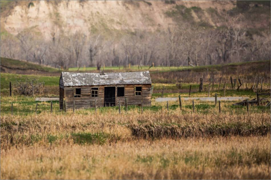 Forgotten on the prairie - 2014 © Christopher Martin