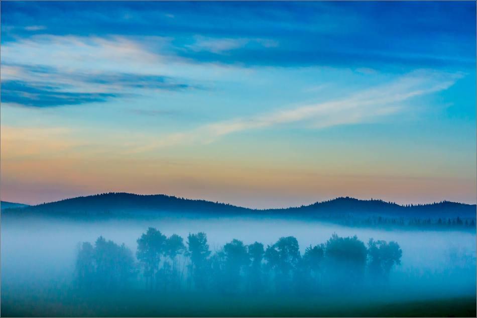 Dawn in Bragg Creek - 2014 © Christopher Martin