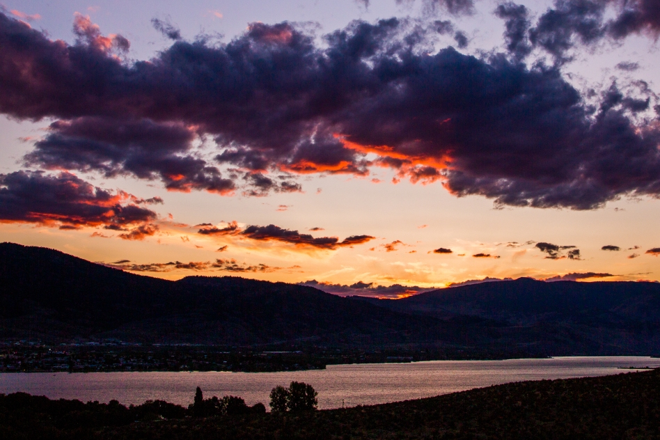 Sunset over Lake Osoyoos - © Christopher Martin-6948