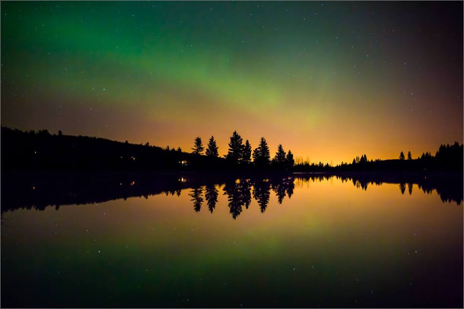 Aurora over Bragg Creek - © Christopher Martin-4262