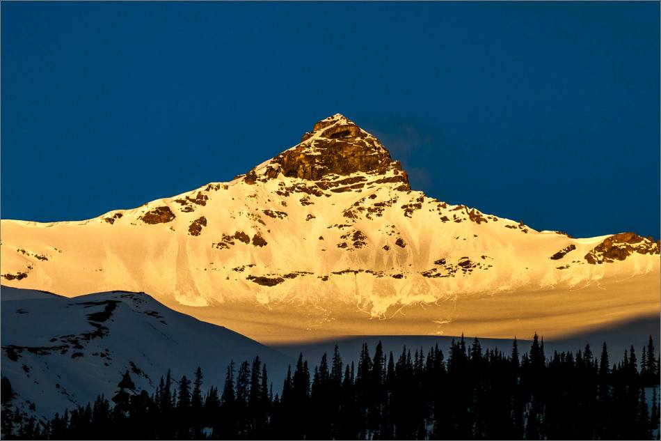 Dawn at the Columbia Icefields - © Christopher Martin Photography -0437-2