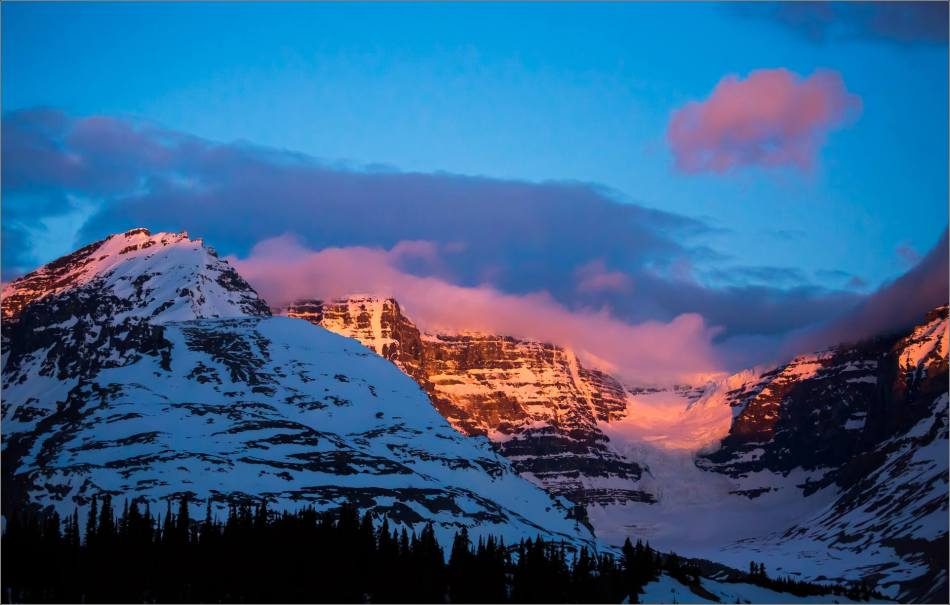 Dawn at the Columbia Icefields - © Christopher Martin Photography-0693