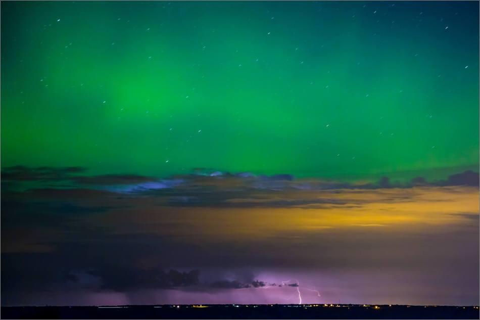Aurora Lightning - © Christopher Martin-8353-4