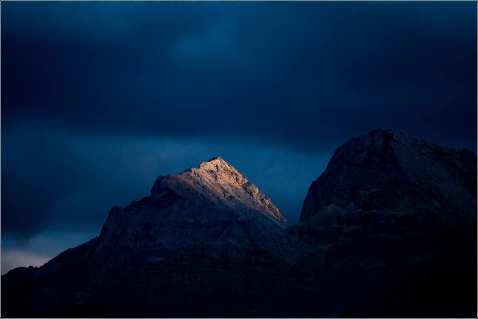 Crowsnest Dusk - © Christopher Martin-3199