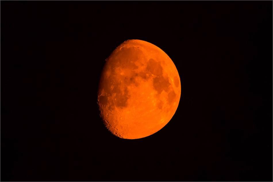 Smoky moon - © Christopher Martin-4603