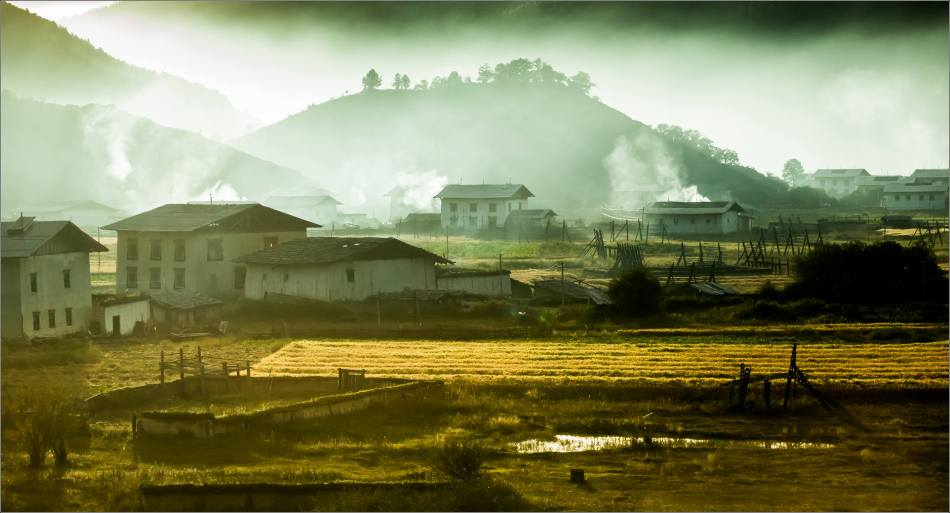 Rural morning in Shangri-La - © Christopher Martin-9415