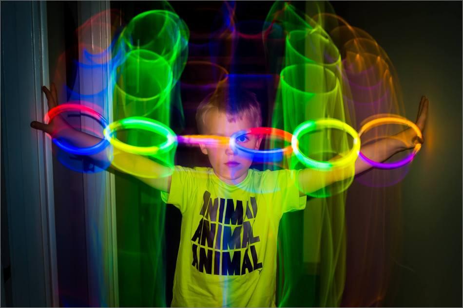 Kian looking through light - © Christopher Martin-1430