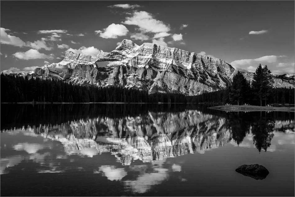 Mount Rundle in Two Jack Lake - © Christopher Martin-0160