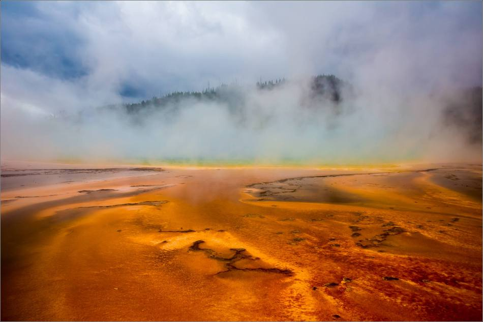 Grand Prismatic Spring - people in the mist - © Christopher Martin-8853