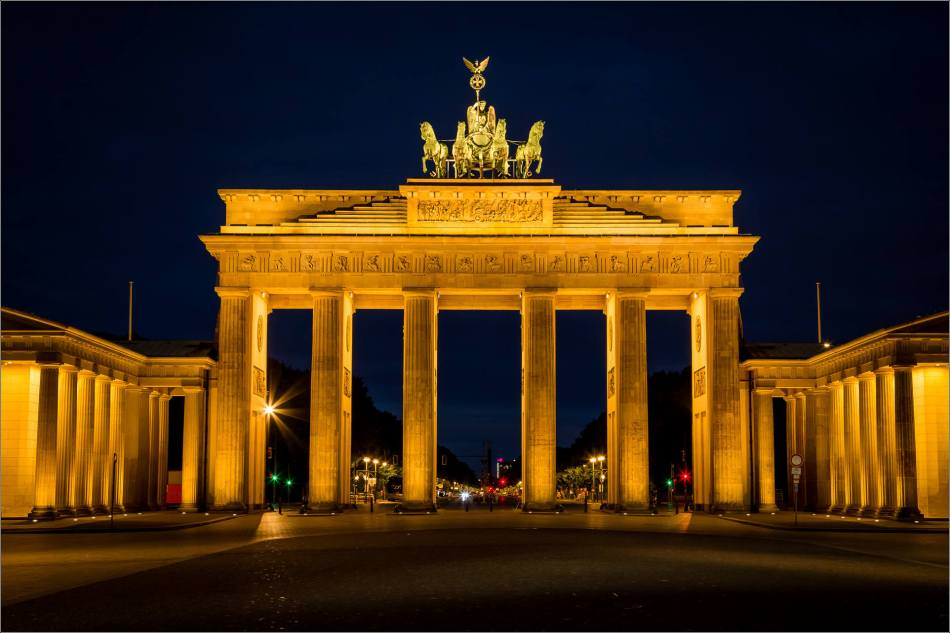 Brandenburg Tor before dawn - © Christopher Martin-7660