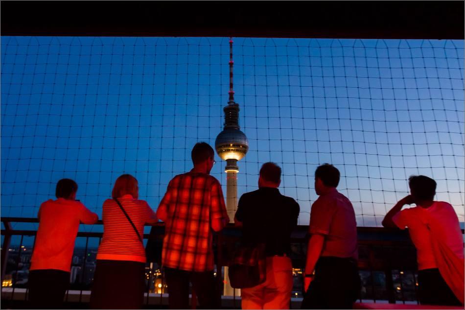 Fernsehturm de Berlín in der Nacht - © Christopher Martin-9495