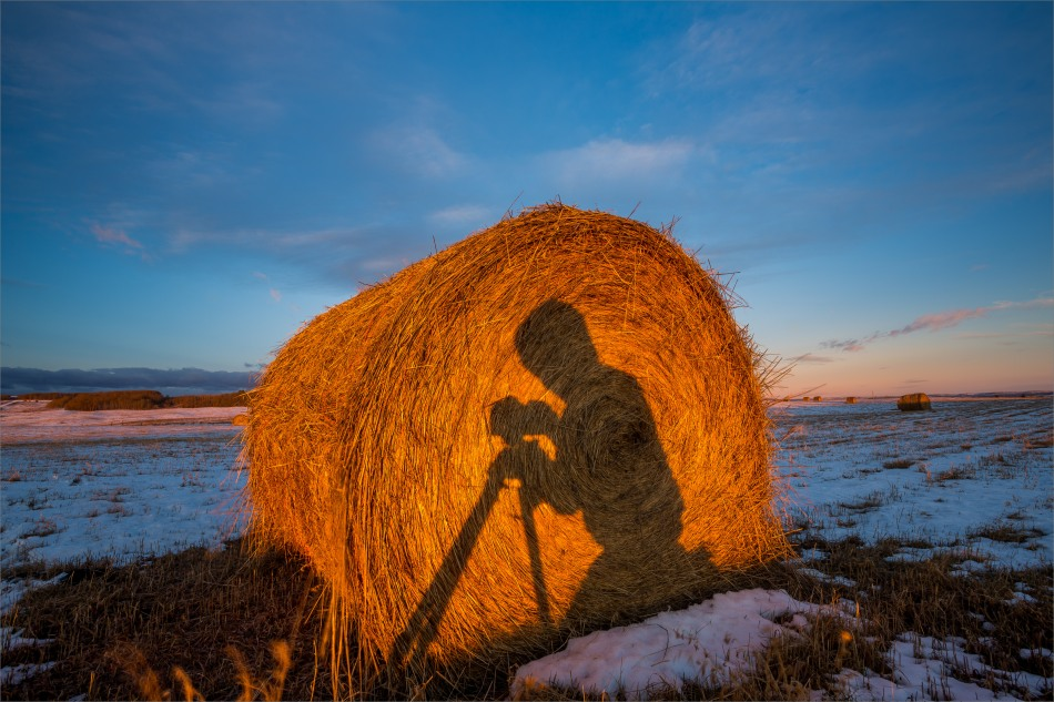 A photographer's silhouette - © Christopher Martin-8554